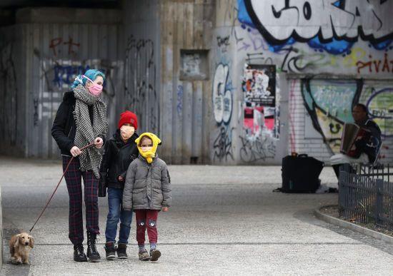 Швейцарія повідомила про вихід з карантину: країна повертатиметься до звичайного життя у три етапи