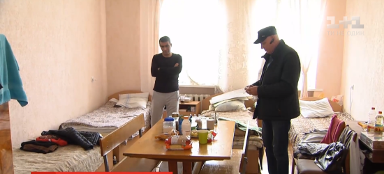 """""""Відчуття, що досі в тюрмі"""": як нині живуть колишні бранці, які повернулися до України"""