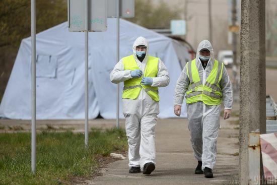Україна знову побила антирекорд захворювань на коронавірус: в МОЗ оновили статистику