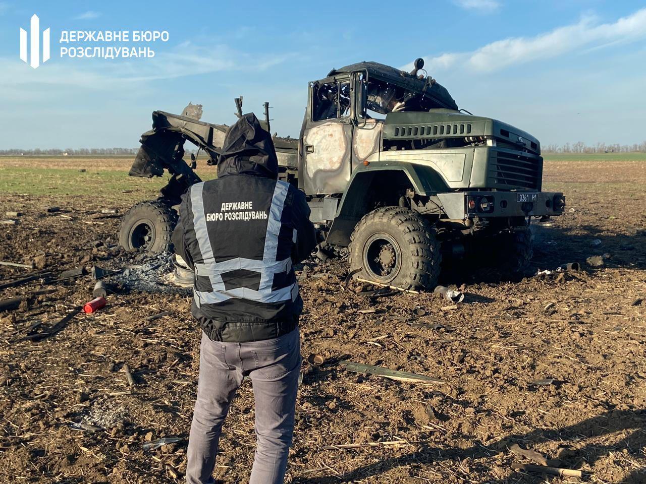 В військовій вантажівці вибухнули боєприпаси_1