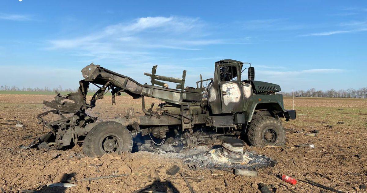У Херсонській області у кузові військової вантажівки розірвались боєприпаси