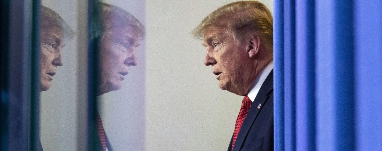"""Трамп називав Меркель """"дурною"""", а з Путіним говорив """"неначе у лазні"""" - CNN"""