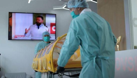 Винахідники з Україні виготовили капсулу для транспортування хворих на коронавірус