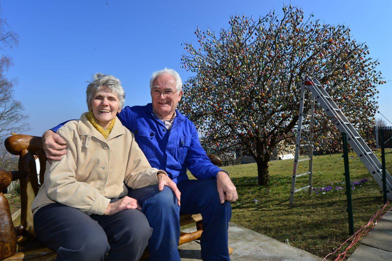 Великоднє дерево, Волкер і Крістіна Крафти