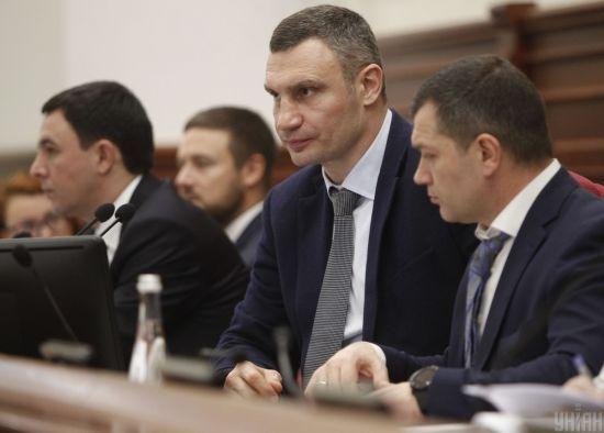 Кличко пообіцяв відсторонити від посади свого заступника Поворозника, якого підозрюють у хабарництві