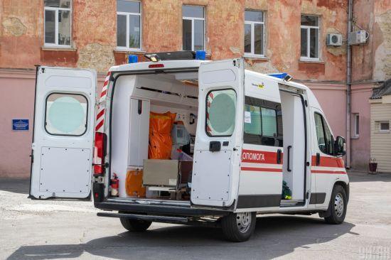 Івано-Франківські лікарні переповнені: хто лікуватиме хворих на коронавірус, яких з кожним днем більшає