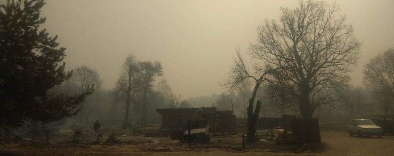 Справжній апокаліпсис: мешканці згорілого села Личмани Житомирської області показали страшні наслідки пожежі