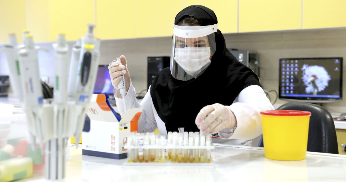 В Турции разработали спрей, который может убить коронавирус за минуту