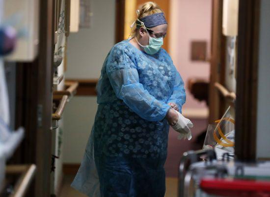 В Україні зросла кількість інфікованих коронавірусом: за добу померли 19 хворих