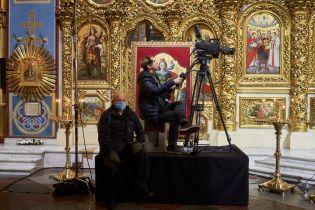 Святково, карантинно: фотопроєкт The Gate Agency про Великдень 2020 в Україні