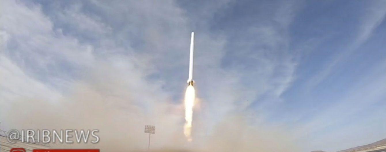 Иран заявил о запуске военного спутника на фоне напряженных отношений со США