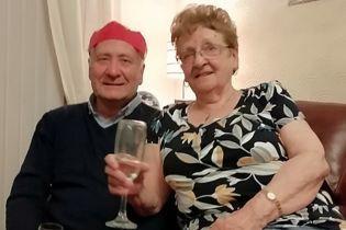 У Британії подружжя прожило разом 57 років у шлюбі і померло через коронавірус