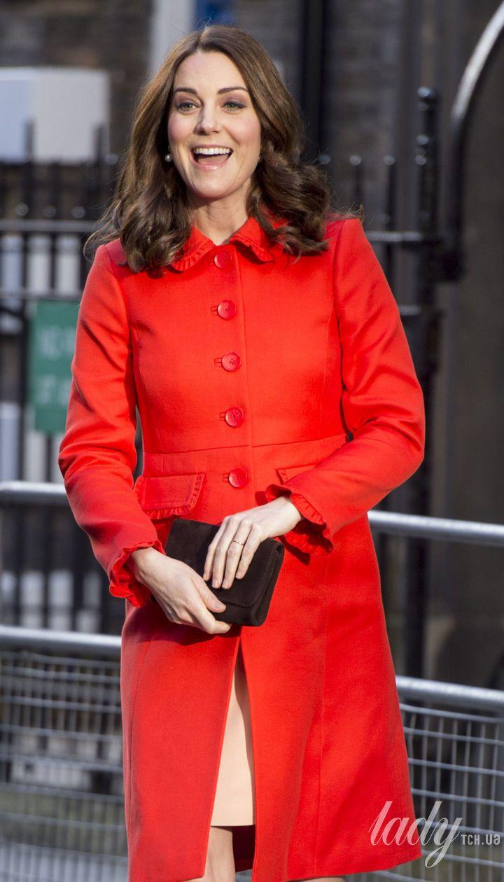 Герцогиня Кэтрин во время беременности принцем Луи