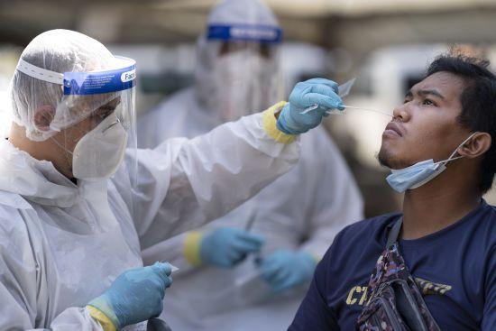 """Індія скасувала замовлення """"бракованих"""" китайських тестів на коронавірус – КНР відкидає звинувачення"""