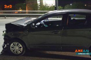На Одеській трасі водій напідпитку врізався у авто, що зупинилися на світлофорі