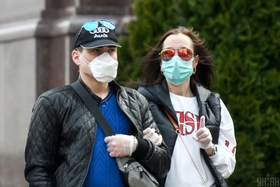 Коронавірус в Україні 25 квітня: на Буковині зафіксували понад 100 нових хворих, а в Києві - удвічі менше інфікованих