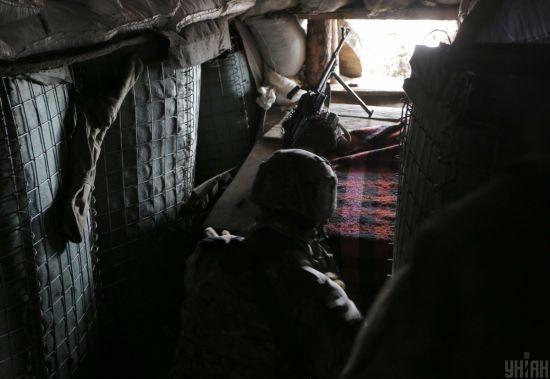 Від початку доби бойовики на Донбасі десять разів відкривали вогонь, є поранений
