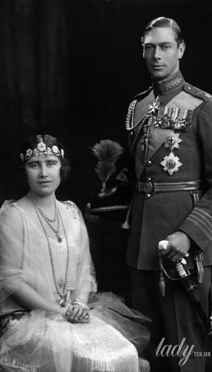 Єлизавета Боуз-Лайон з чоловіком
