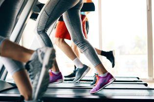 Чому потрібно займатися спортом в кросівках