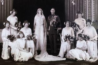 98-я годовщина свадьбы: как венчались мать и отец королевы Елизаветы II