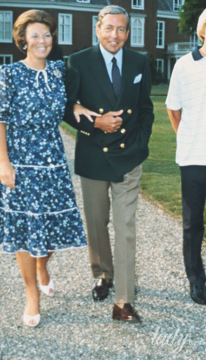 Принцесса Беатрикс и принц Клаус с сыновьями