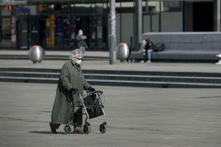 Німеччина продовжує локдаун та посилює обмеження на тлі поширення нового штаму коронавірусу