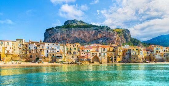 У Сицилії планують доплачувати туристам половину вартості квитків на острів