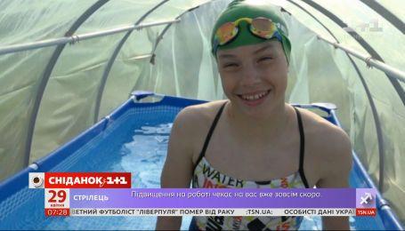 Басейн у теплиці: як тренується чемпіонка Боснії та Герцеговини з плавання на карантині