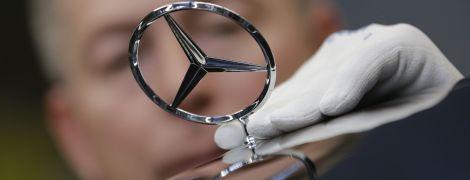 Mercedes-Benz раскрыл невероятный салон S-Class перед премьерой: фото