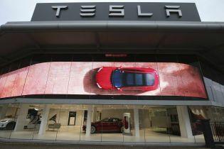 Tesla установила исторический рекорд по прибыли