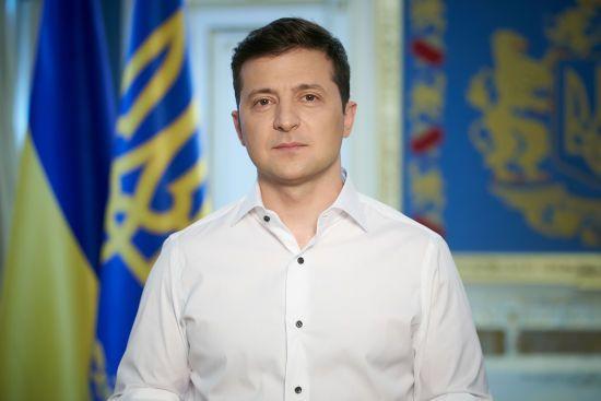 Рік президенства Зеленського: українці оцінили, у яких сферах президент досяг найбільше та найменше успіхів – опитування