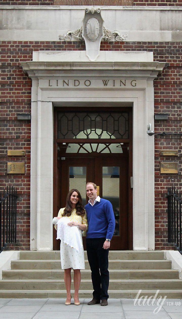 Герцогиня Кембриджська та принц Вільям з принцесою Шарлоттою