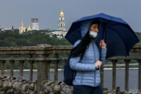 У Києві за добу зафіксували понад 55 випадків коронавірусу та одну смерть: ситуація у районах
