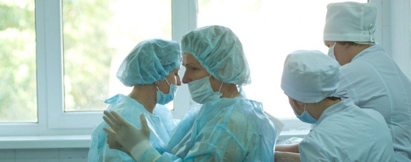 В Украине среди инфицированных коронавирусом уже более 3,5 тысячи медиков