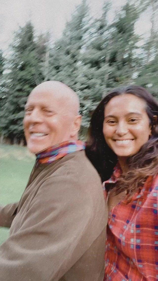 Брюс Вілліс з дружиною