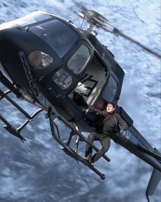 Том Круз та Ілон Маск знімуть перший в світі фільм у космосі - ЗМІ