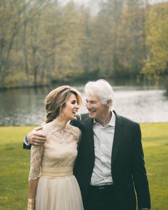 Дружина Річарда Гіра показала їхні раніше не публіковані весільні знімки