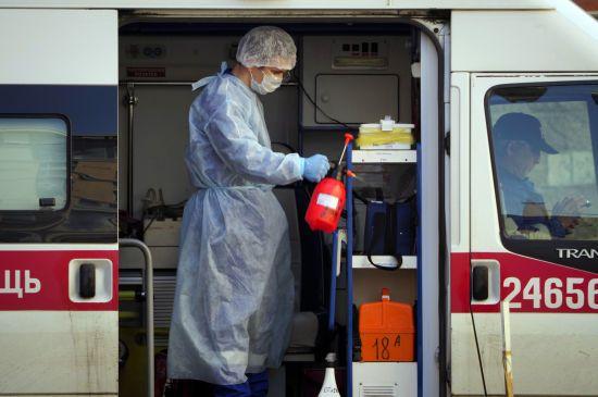 У Росії знову рекорд за кількістю нових заражених коронавірусом – понад 11 тисяч за добу