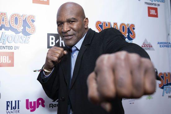 Слідом за Тайсоном: ще одна легенда боксу має намір повернутися на ринг