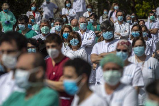 Рада ухвалила закон про спеціальні виплати медикам, якщо вони померли або отримали інвалідність через коронавірус