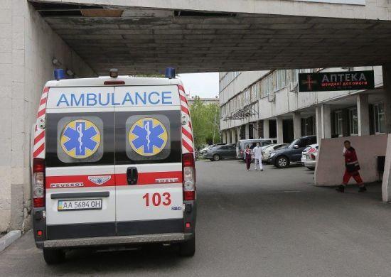 Полум'я уразило чверть тіла: у Львові медики рятують дитину з важкими опіками
