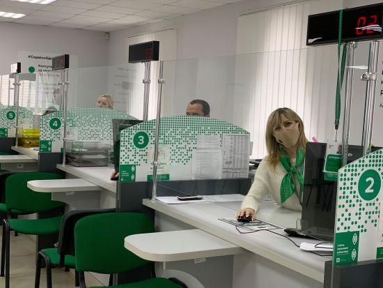 Після вихідних відновлять роботу сервісні центри МВС та територіальні підрозділи ДМС