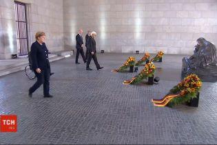 День пам'яті і примирення: в Україні відбулась загальнонаціональна хвилина мовчання на спомин про жертв фашизму
