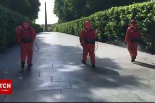 Парк Вечной Славы дезинфицируют к проведению массовых акций