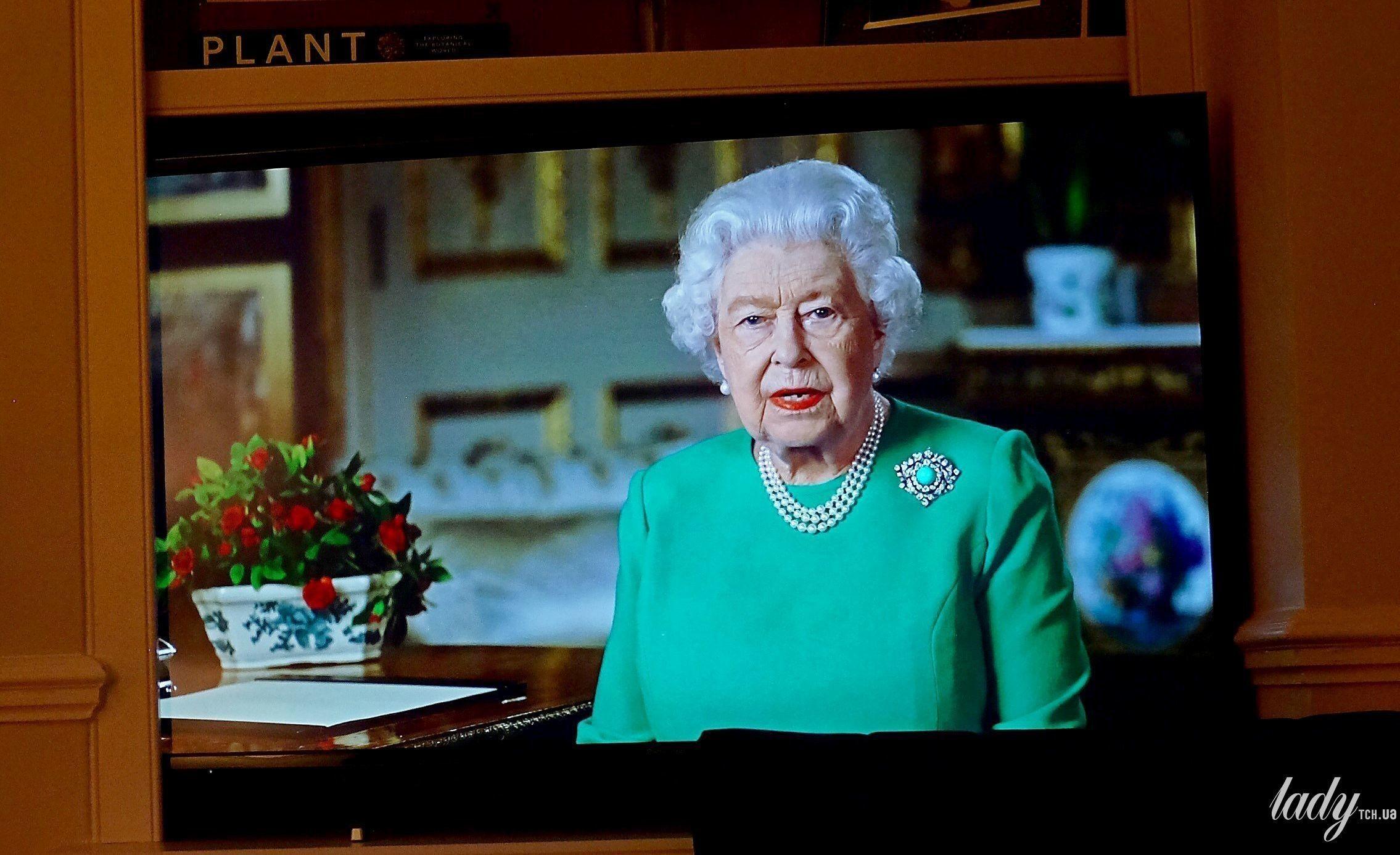 Украшения королевы Елизаветы II_1