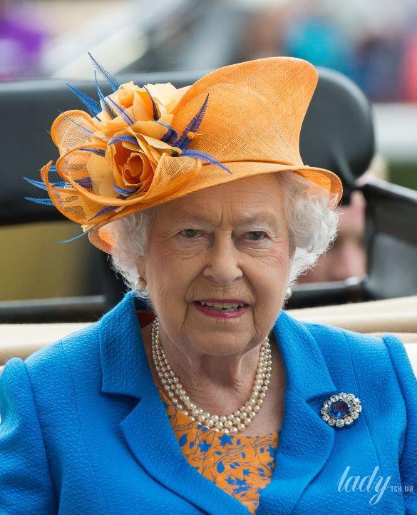 Украшения королевы Елизаветы II_10