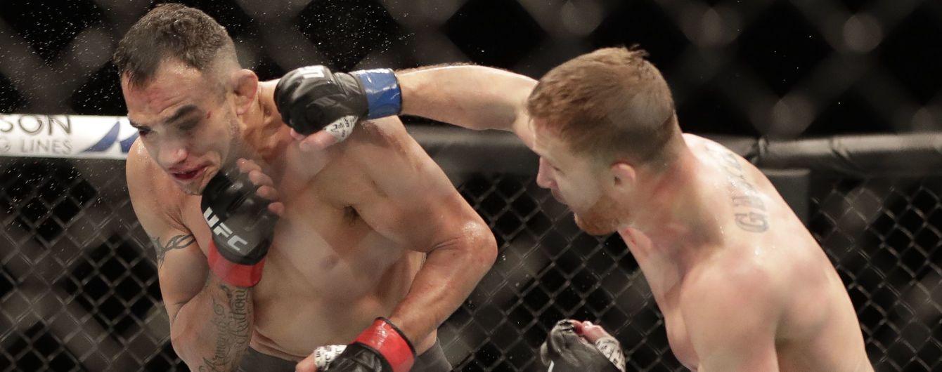 Большой спорт вернулся: Гетжи в долгожданном бою UFC неожиданно победил Фергюсона