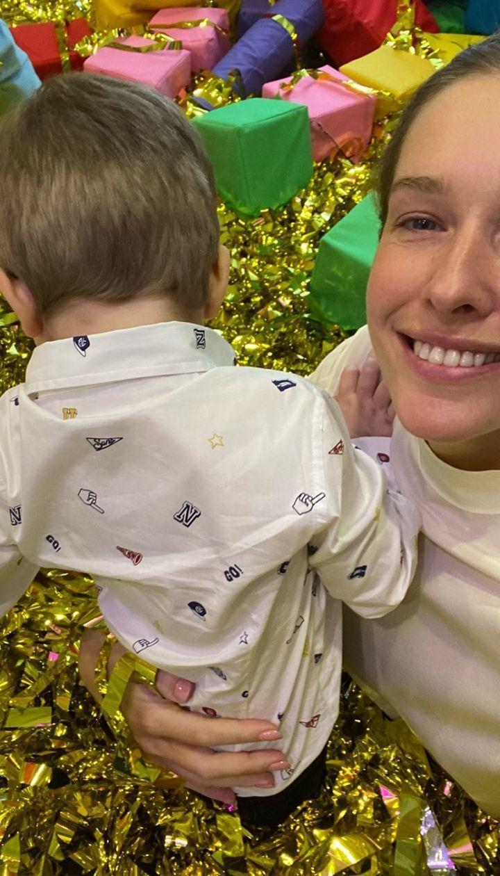 Катя Осадчая с младшим сыном Иваном