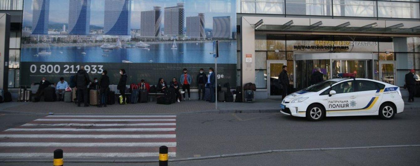 """Експосадовці аеропорту """"Бориспіль"""" протягом 5 років незаконно здавали в оренду приміщення підприємцям"""