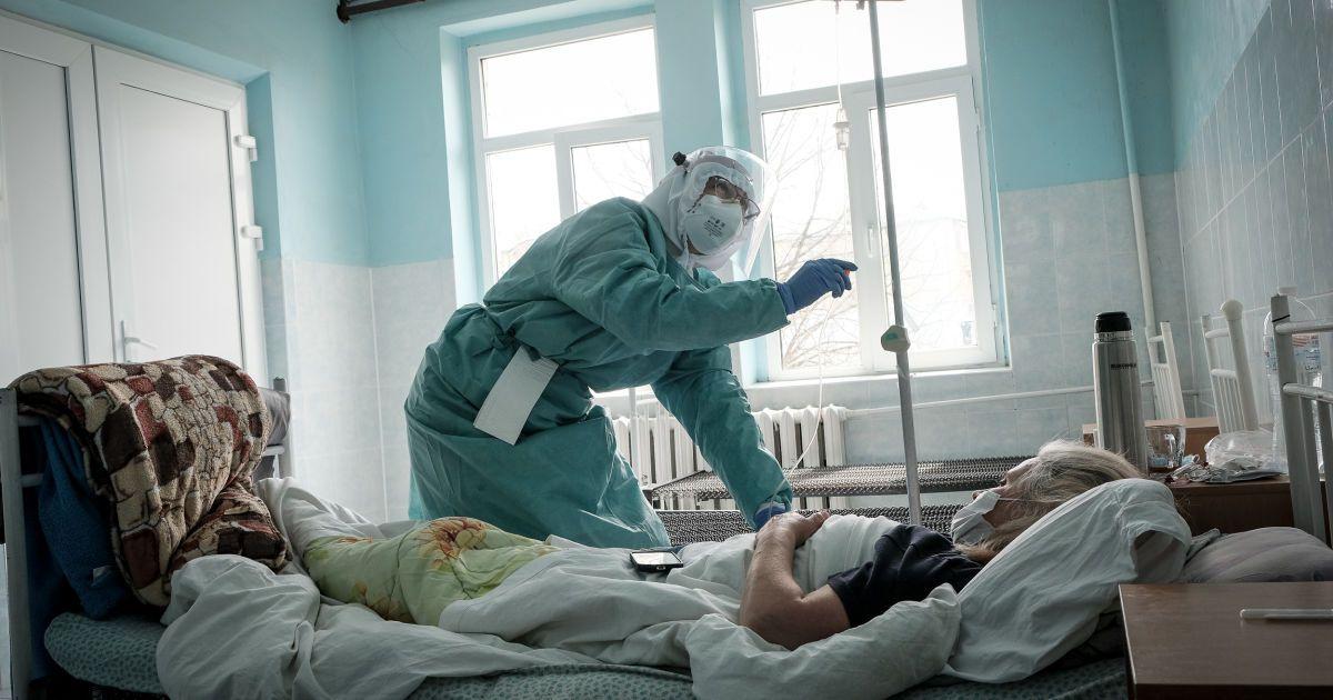 В Івано-Франківську розгорнули додаткові ліжка у лікарнях для хворих з коронавірусом